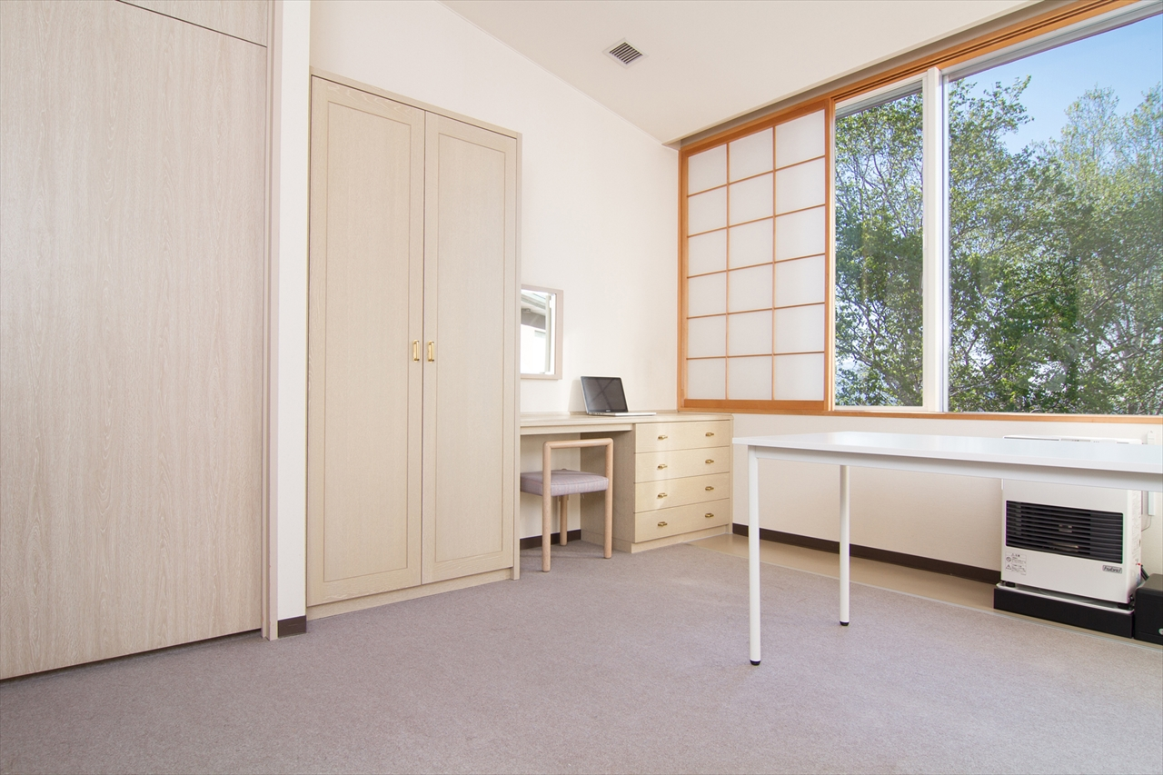 Image: Studio Apartment - Type B No.3